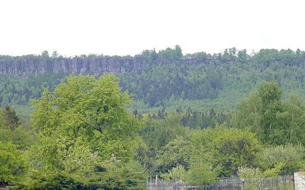 Tiské stěny - pohled z Kamence
